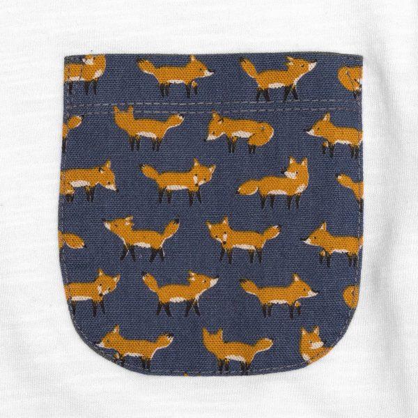 camiseta con bolsillo zorro